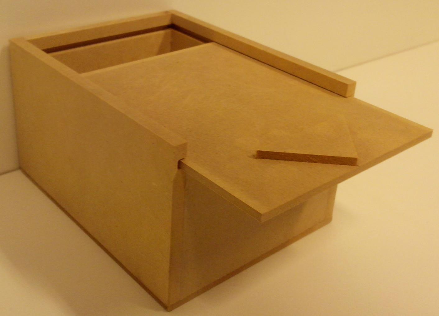 Catalogo de productos de placacentro maderas america en salta for Caja madera con tapa